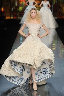 wedding-dresses-dior-9-normal.jpg