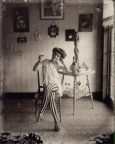 prostitute9-normal.jpg