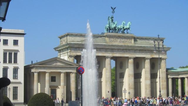 Brandenburg%20Tor-normal.jpg
