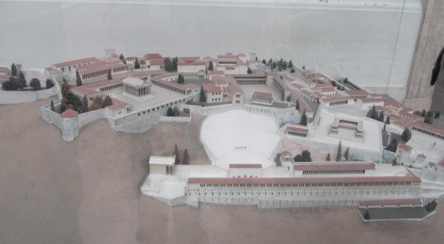 Pergamon3-normal.jpg