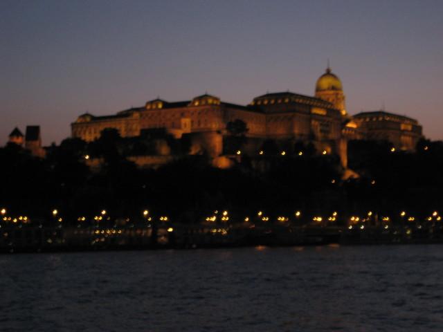 Budapestin%20kuninkaanlinna-normal.jpg