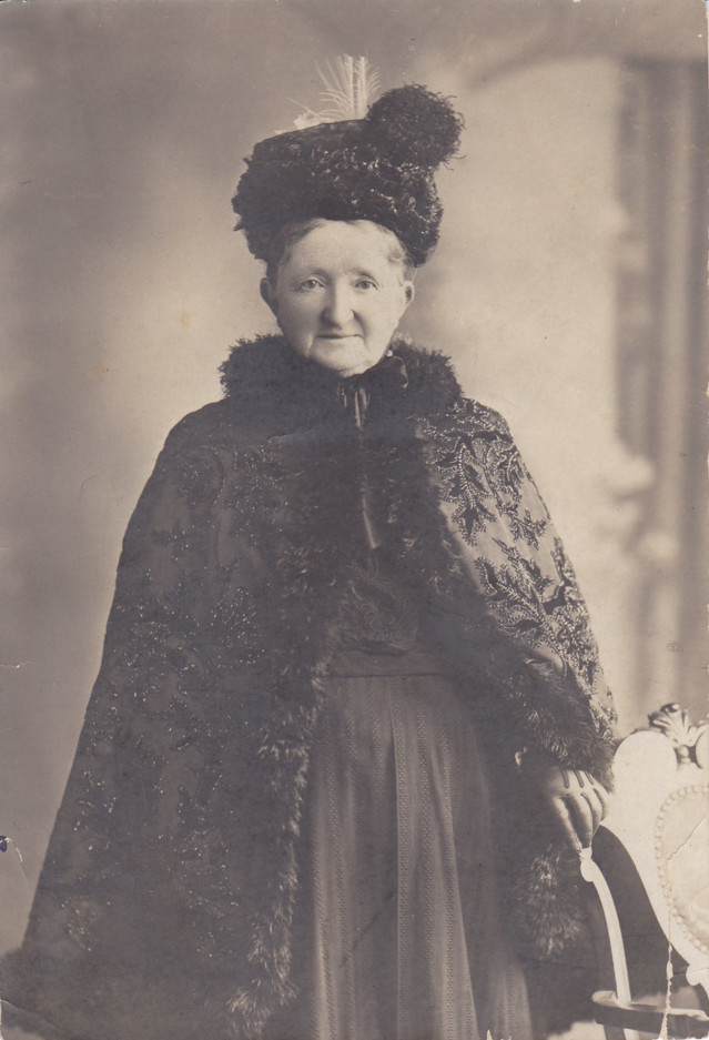 victorian_grandmother_by_maebell-d3ifj9l