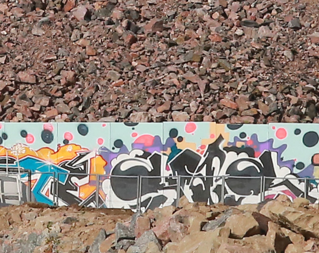 Graffiteja%20Hgiss%C3%A4%2Cviherpeippo%2
