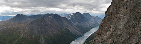 Lyngen_Panorama17-normal.jpg