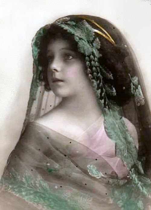1910veiledchild-normal.jpg