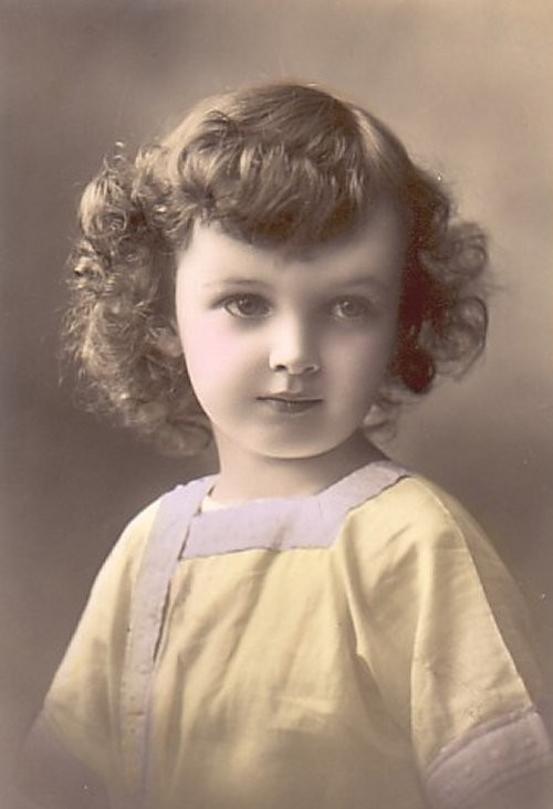 1919bangs_curls2-normal.jpg