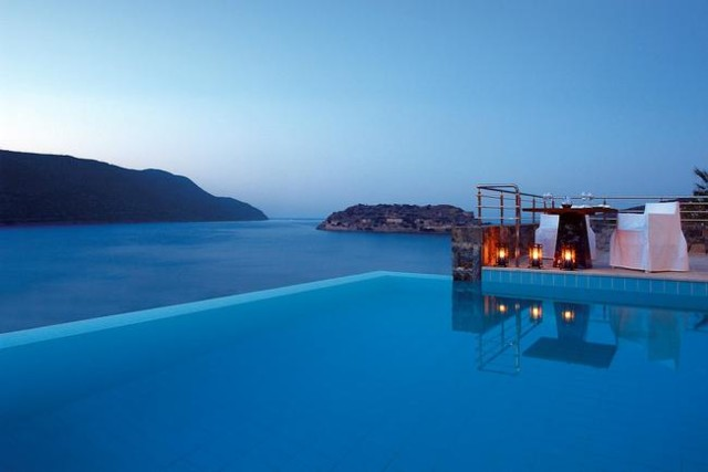 4_Island_Vacation_Packages_Crete_t5-norm