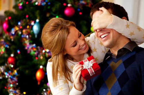 Christmas-Gifts-For-Men1-normal.jpg