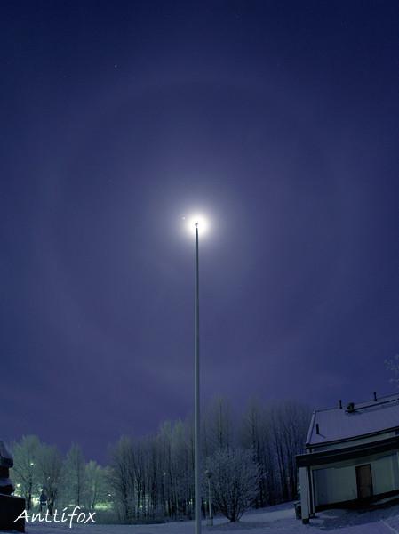 360_asteen_halo_kuun_ymparilla_leiska-no