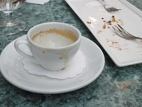 Kahvilla-normal.jpg