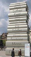 berliiniveistoskirjakasa-normal.jpg