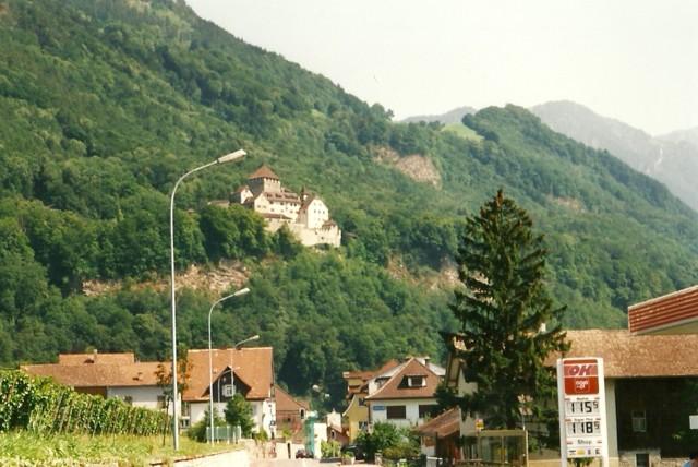 Liechtenstein%20k%C3%A4ytiin%20bongaamas