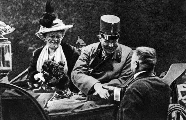 Archduke_Franz_Ferdinand_and_Sophie_1914