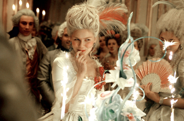 Marie-Antoinette-kirsten-dunst-96152_150