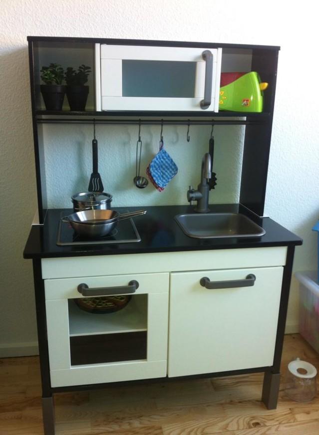 Lasten keittiö  Ikean klassikko tuunattuna  Lastenhuone