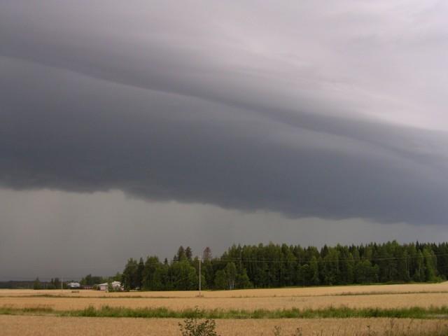 Lahja-myrsky%20tulee%20006.jpg