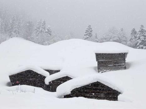 panorama_alpit_lumimyrsky.jpg