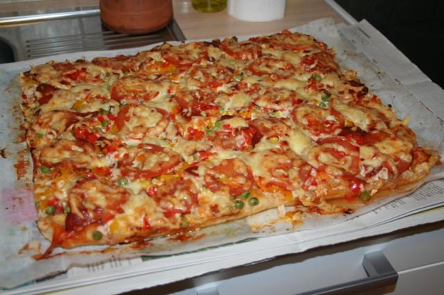 4.11.-14.%20pizza.jpg