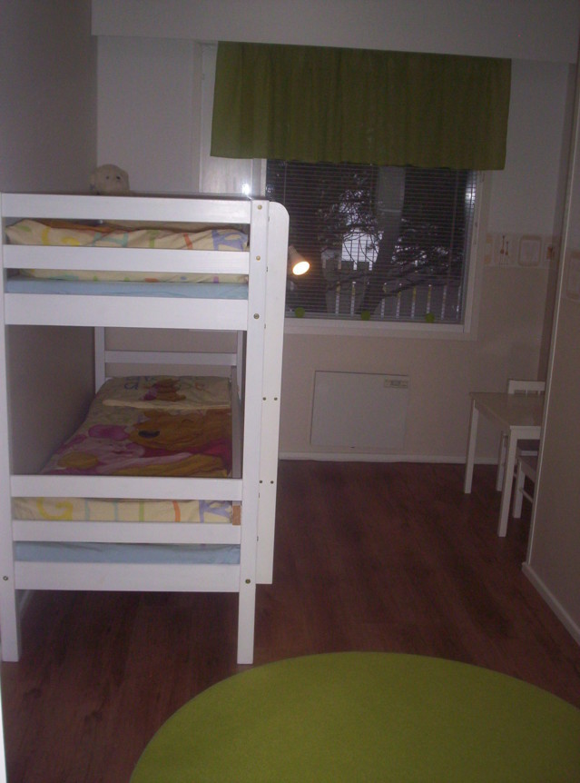 lastehuone.jpg