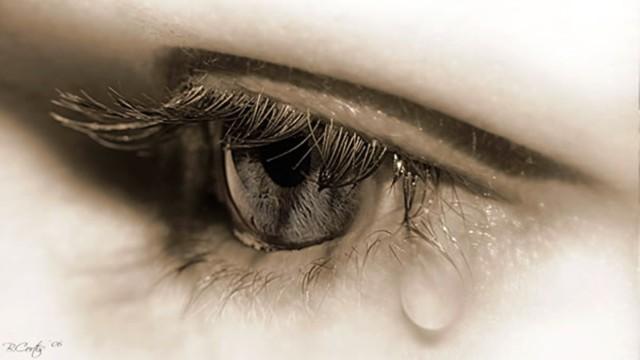 eyetear.jpg