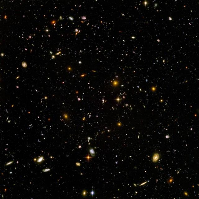 Hubble_ultra_deep_field.jpg