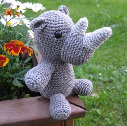 rhino006.jpg