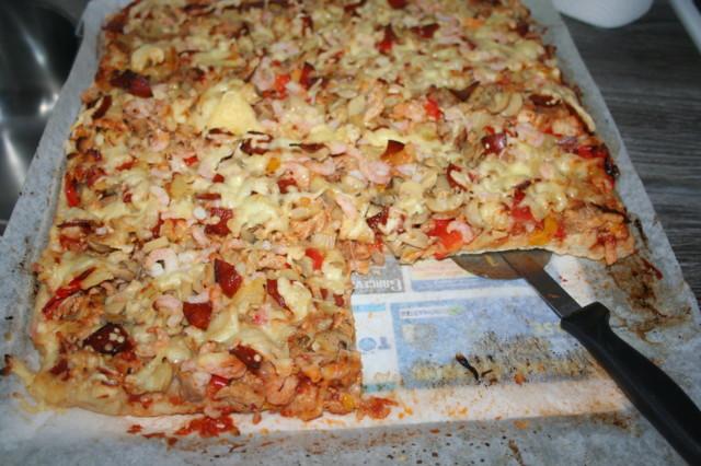 2015.2.6.%20pizza.jpg