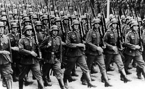 nazi-army.jpg