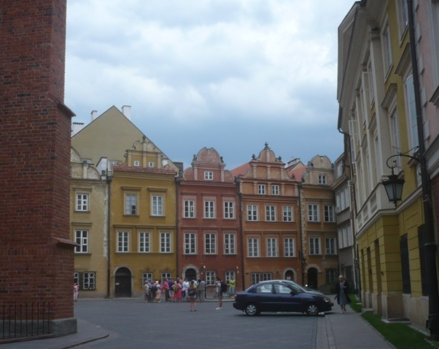 Warszawa%2025.-31.7.-15%20125.jpg
