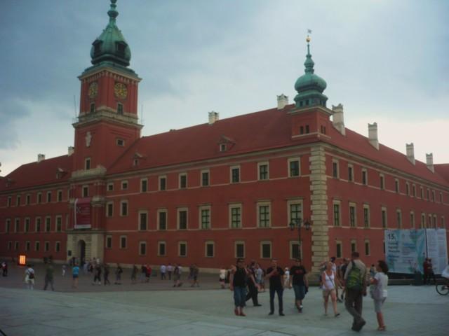 Warszawa%2025.-31.7.-15%20109.jpg