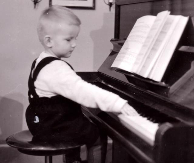 piano60_a.jpg