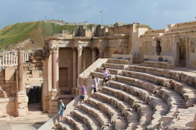 amfiteatteri.jpg