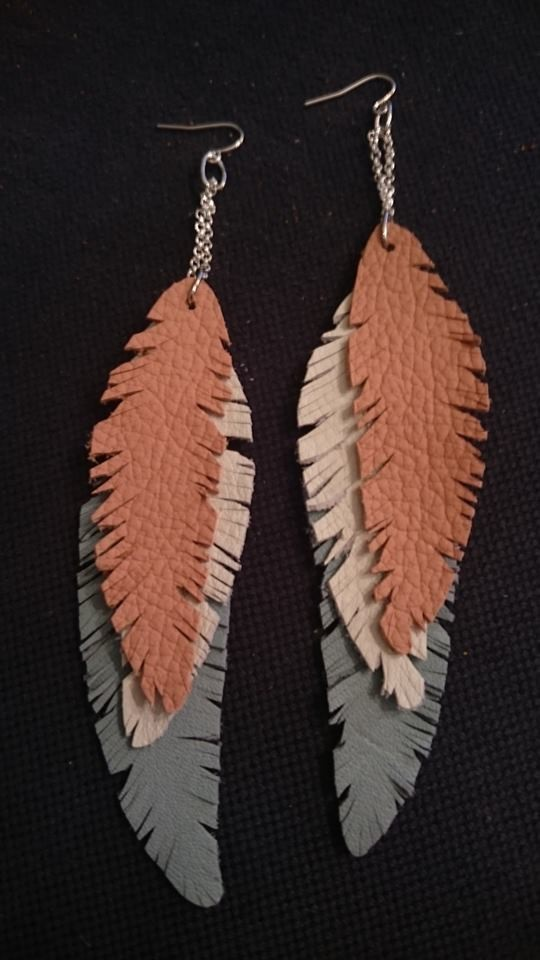 leather%20feather%20by%20sanna.jpg