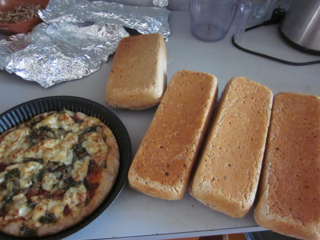 leip%C3%A4%C3%A4%20ja%20piirakka%20004.j