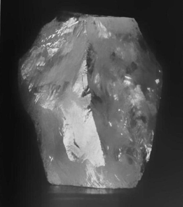 Cullinan_diamond_rough.jpg