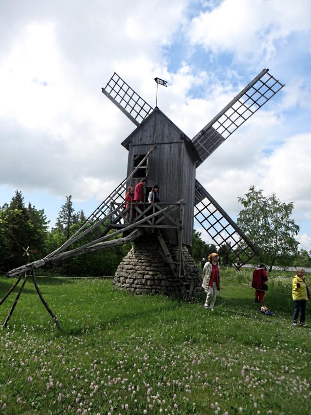 Saaremaa%20b-tuulimylly.jpg
