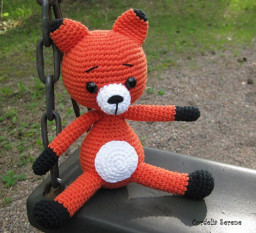 fox014_medium.jpg