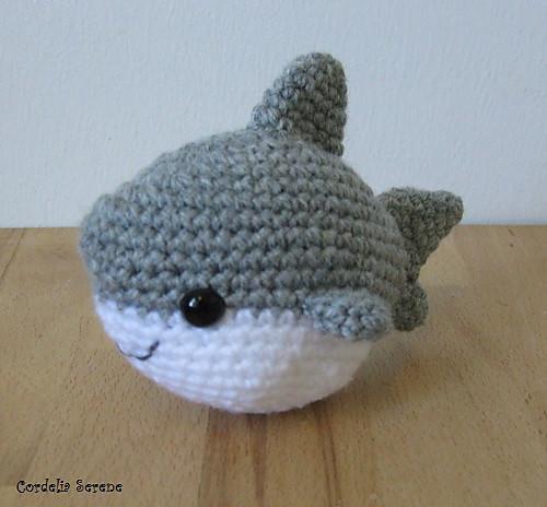 shark010_medium.jpg