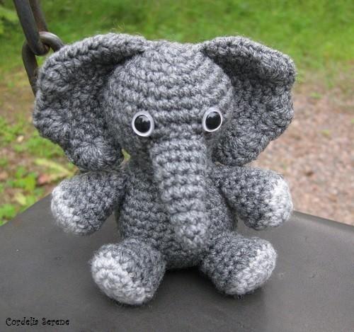 elephant8890.jpg