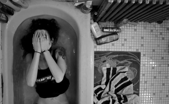 bathtubfull.jpg