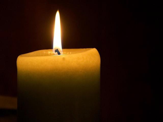 Candle_flame_%281%29.jpg