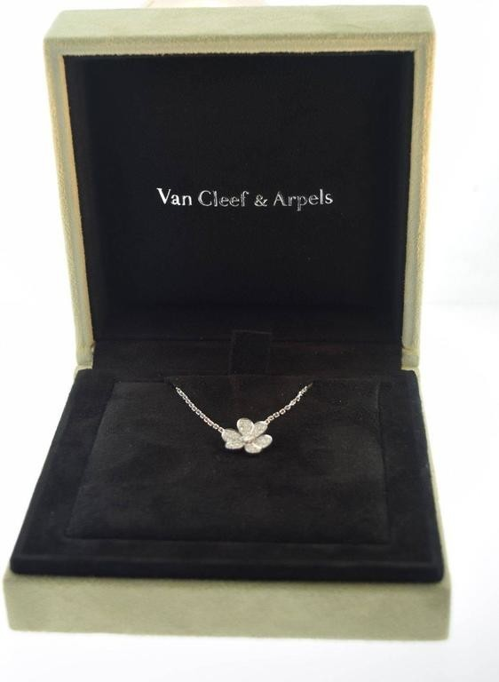 Van%20Cleef%20%26%20Arpels%20Small%20Fri