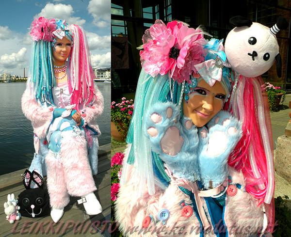 CandyGoottiDesucon2011.jpg