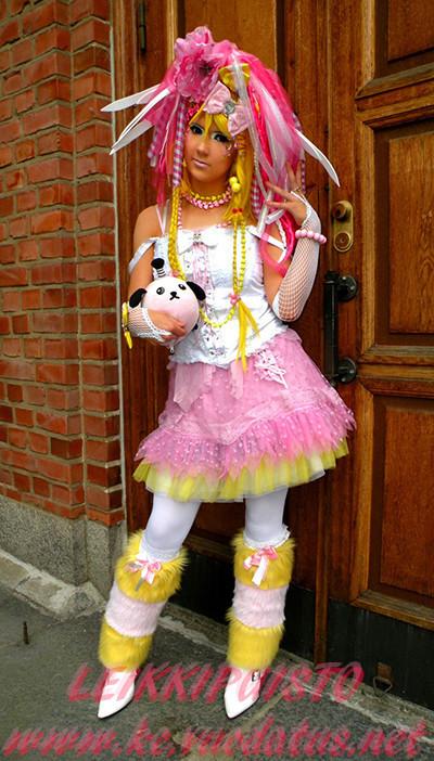 CandyGoottiPinkkiKelta.jpg