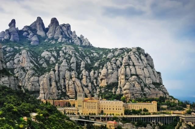 MonasterioMonserrat_Cataluna_Barcelona_Q