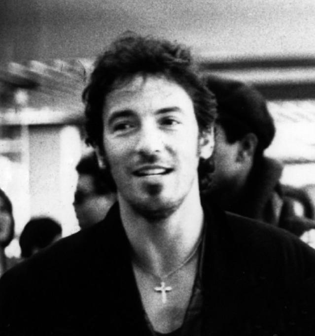 800px-Bruce_Springsteen_1988.jpg