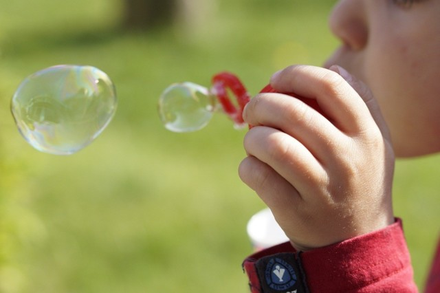 soap-bubbles-322212_960_720.jpg