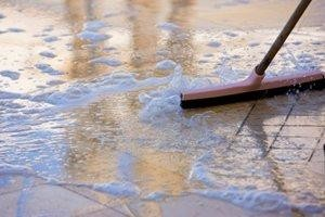 clean-tile-and-grout_300_200.jpg