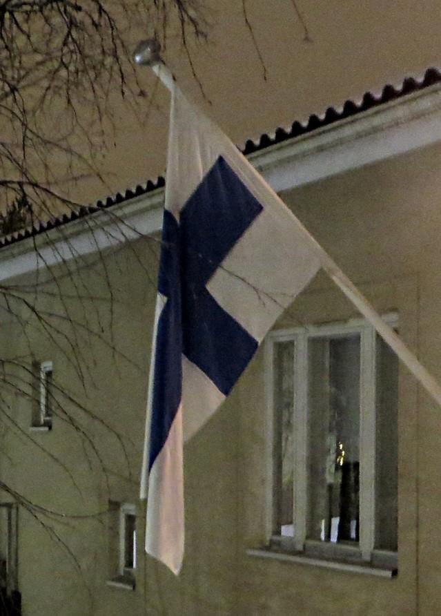 Suomen%20lippu%201.jpg