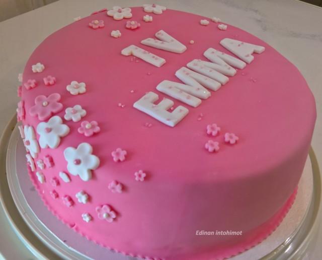 Emma1v_2.jpg